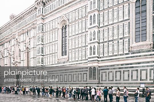 Massentourismus Florenz - p1222m1538275 von Jérome Gerull
