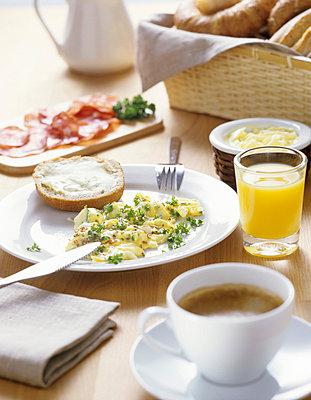 Rührei-Frühstück - p2551098 von T. Hoenig