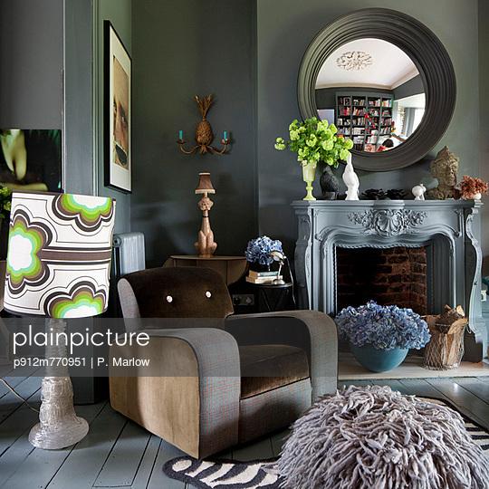Interior Designer - p912m770951 by P. Marlow