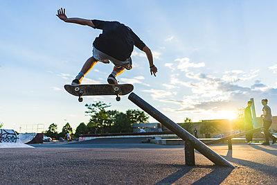 Skateboarding - p1362m1227736 by Charles Knox