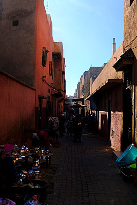 Old town of Marrakesh - p1105m2043581 by Virginie Plauchut