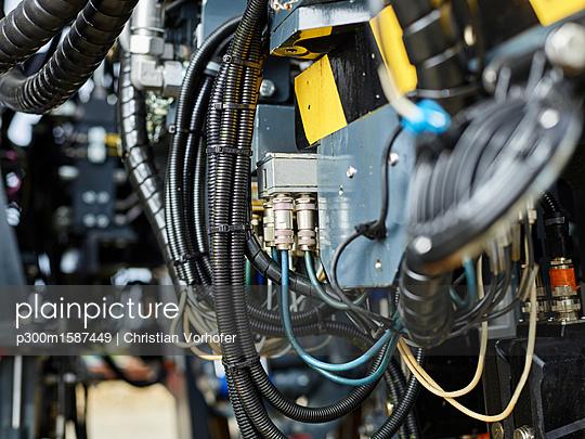 Industry, hose lines - p300m1587449 von Christian Vorhofer