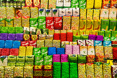 Teepackungen - p1271m1590336 von Maurice Kohl