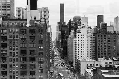 In der Seilbahn über Manhattan - p1340m1441955 von Christoph Lodewick
