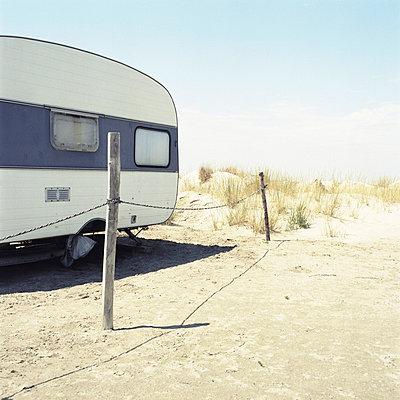 Caravane - p9111492 by Gaëtan Rossier