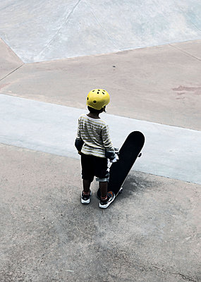 Little Skater - p664m1068444 by Yom Lam