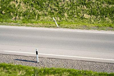 Street - p1043m779511 by Ralf Grossek