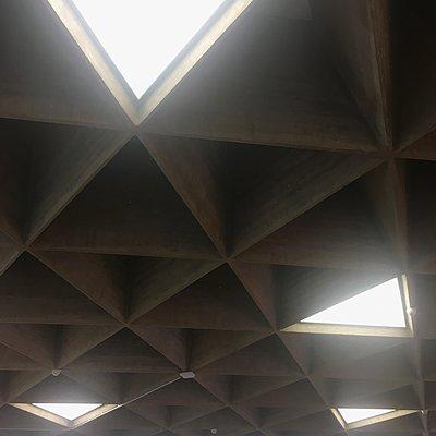 Dachkonstruktion mit Oberlicht, Flughafen Köln/Bonn - p1401m2222094 von Jens Goldbeck