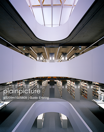 University library - p1209m1025809 by Guido Erbring
