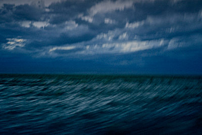 Blaues Meer - p56711724 von Vincent Soyez