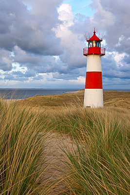 Leuchtturm - p1205m1020953 von Christina Anzenberger-Fink