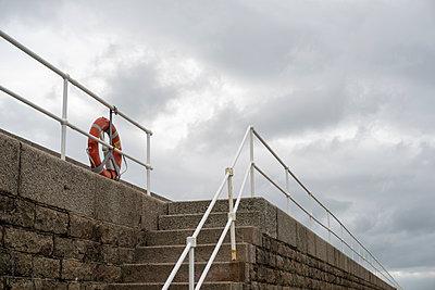 Steps Up - p1309m1169168 by Robert Lambert