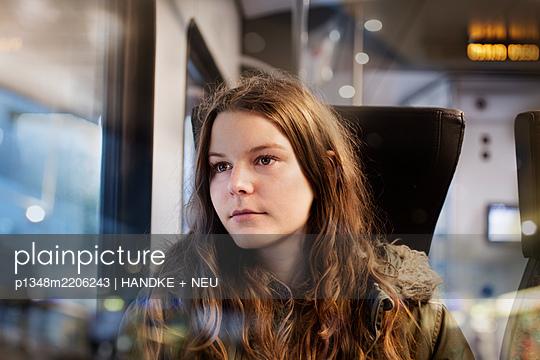 p1348m2206243 by HANDKE + NEU