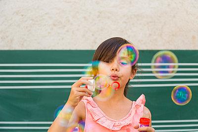 Bubbles - p1625m2193129 von Dr. med.
