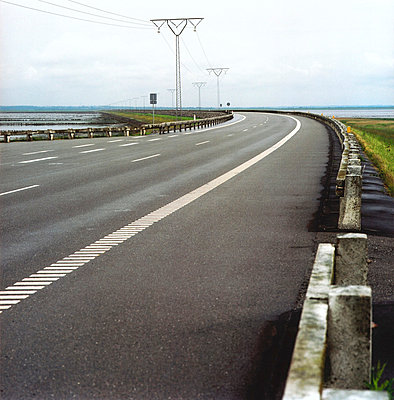 Road curve - p2681358 by Till Melchior