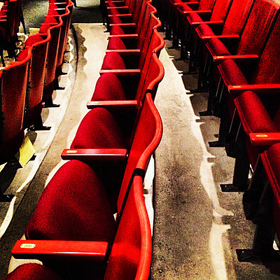 Rows of Red Theater Seating - p694m2218944 by Spencer Jones