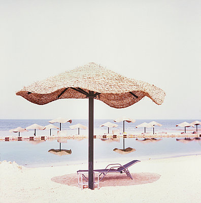 Nobody on the beach - p7090030 by Axel Kohlhase