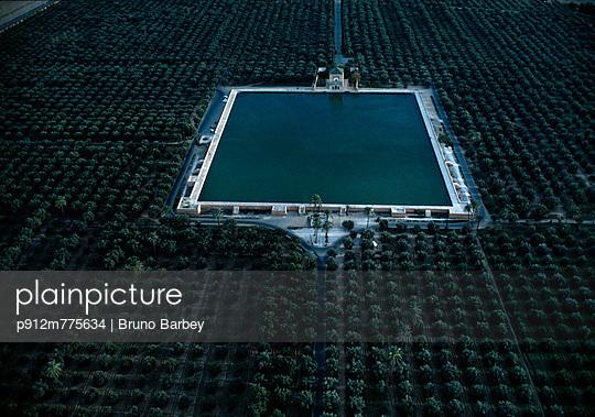 p912m775634 von Bruno Barbey