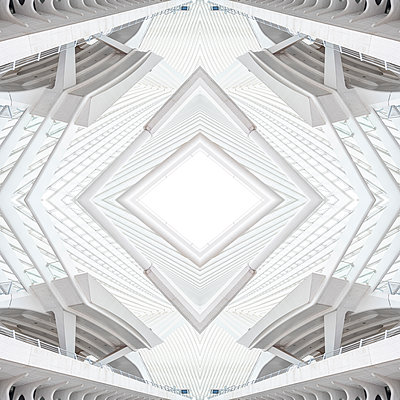 Abstract kaleidoscope pattern Liège-Guillemins station in Liège - p401m2207487 by Frank Baquet