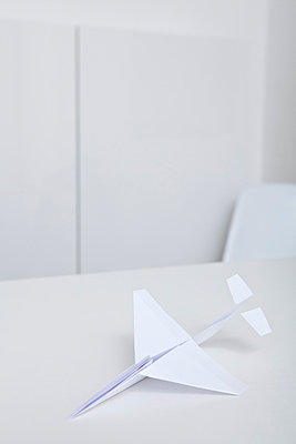 Papierflieger - p4541001 von Lubitz + Dorner