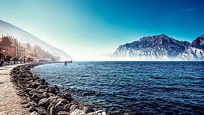 Lago di Garda - p947m945805 by Cristopher Civitillo