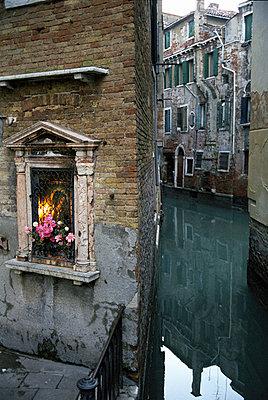 Venice - p983m662031 by Richard Dunkley