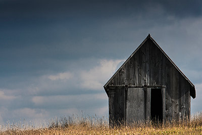 Wooden barn - p555m1463797 by Chris Clor