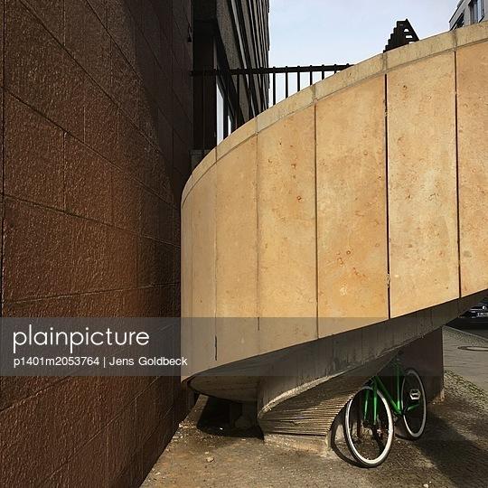 Wendeltreppe - p1401m2053764 von Jens Goldbeck
