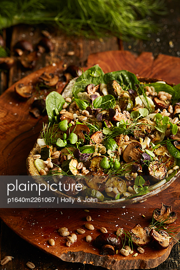 Fresh salad with nuts and mushrooms - p1640m2261067 by Holly & John