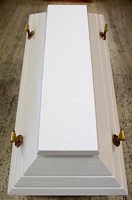 Coffin - p1640013 by Vincon/Klein