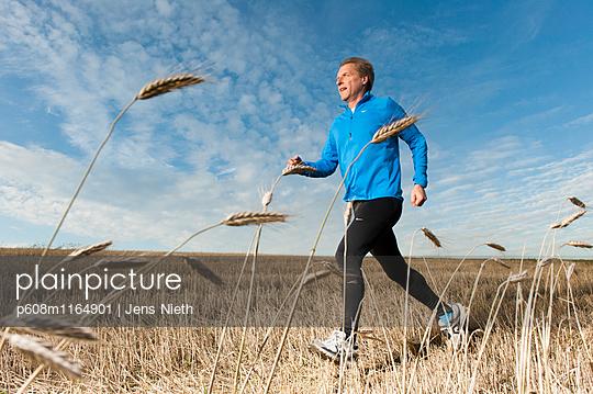 Running - p608m1164901 von Jens Nieth