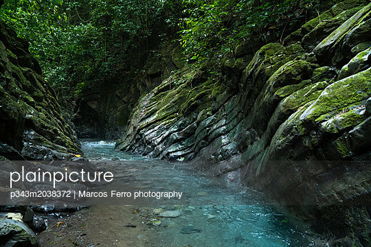 p343m2038372 von Marcos Ferro photography