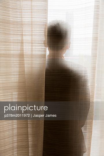 p378m2011972 von Jasper James