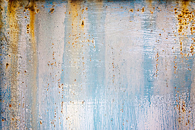 A rusting wall - p9246737f by Image Source