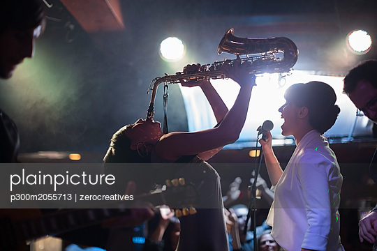Jazz band on stage - p300m2055713 by zerocreatives