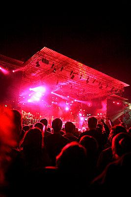 Live-Konzert auf dem Halderner Open Air Festival - p2280407 von photocake.de