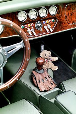 Classic car - p784m890854 by Henriette Hermann