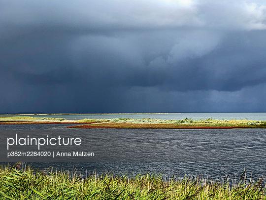 Dramatic weather mood - p382m2284020 by Anna Matzen