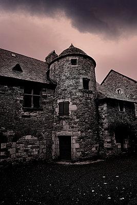Haus in Altstadt, Limousin, Corrèze, Turenne - p248m966699 von BY