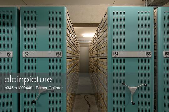 Archiv - p345m1200449 von Rainer Gollmer