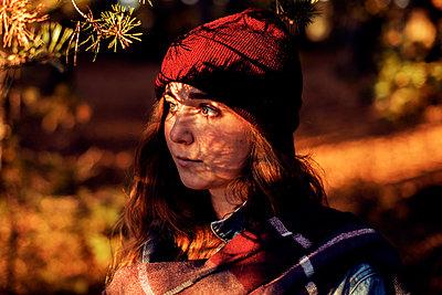 Autumn Girl - p1507m2037886 by Emma Grann