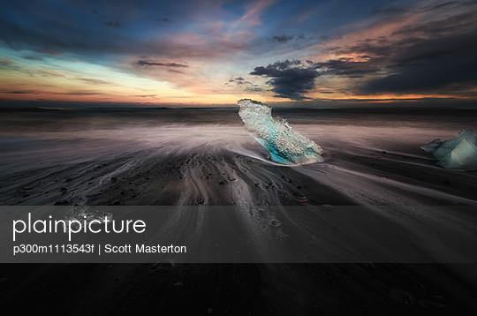 p300m1113543f von Scott Masterton