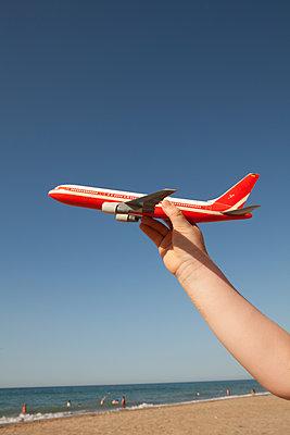 Air travel  - p454m2045195 by Lubitz + Dorner