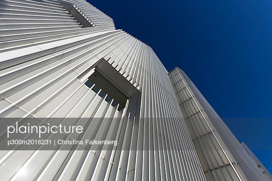 Poland, Szczecin, part of facade of Szczecin Philharmonic - p300m2016231 von Christina Falkenberg