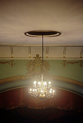 Chandelier in a theatre - p2280553 by photocake.de