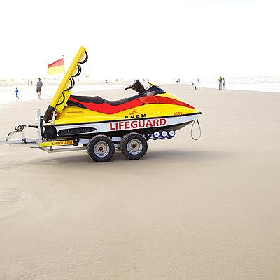 Lifeguard - p606m890813 von Iris Friedrich