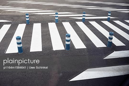 Zebrastreifen - p1164m1584641 von Uwe Schinkel