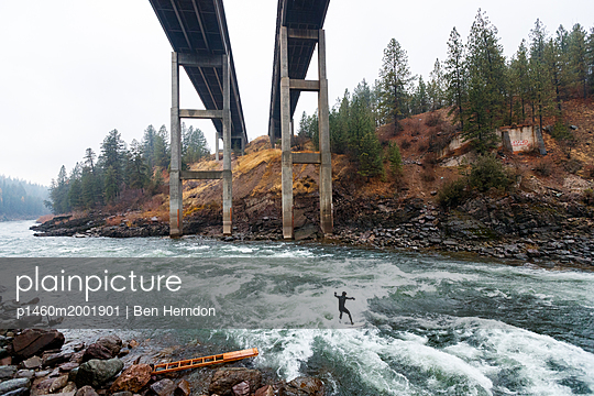 p1460m2001901 von Ben Herndon