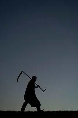The Grim Reaper - p1312m1137754 by Axel Killian