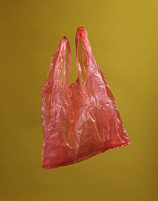 Plastic bag - p1629m2211327 by martinameier